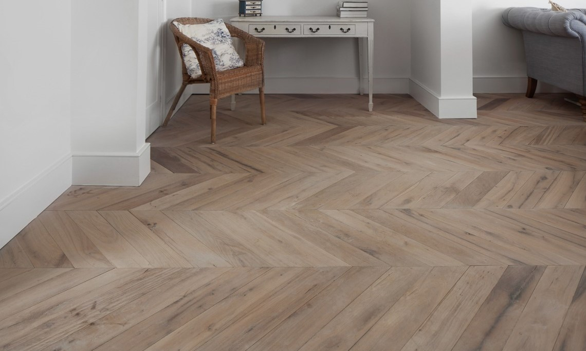 french oak chevron parquet oak timber flooring. Black Bedroom Furniture Sets. Home Design Ideas