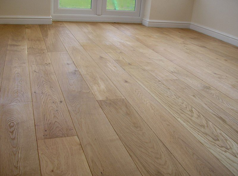 Solid French Oak Wide Board 220mm Oak Timber Flooring