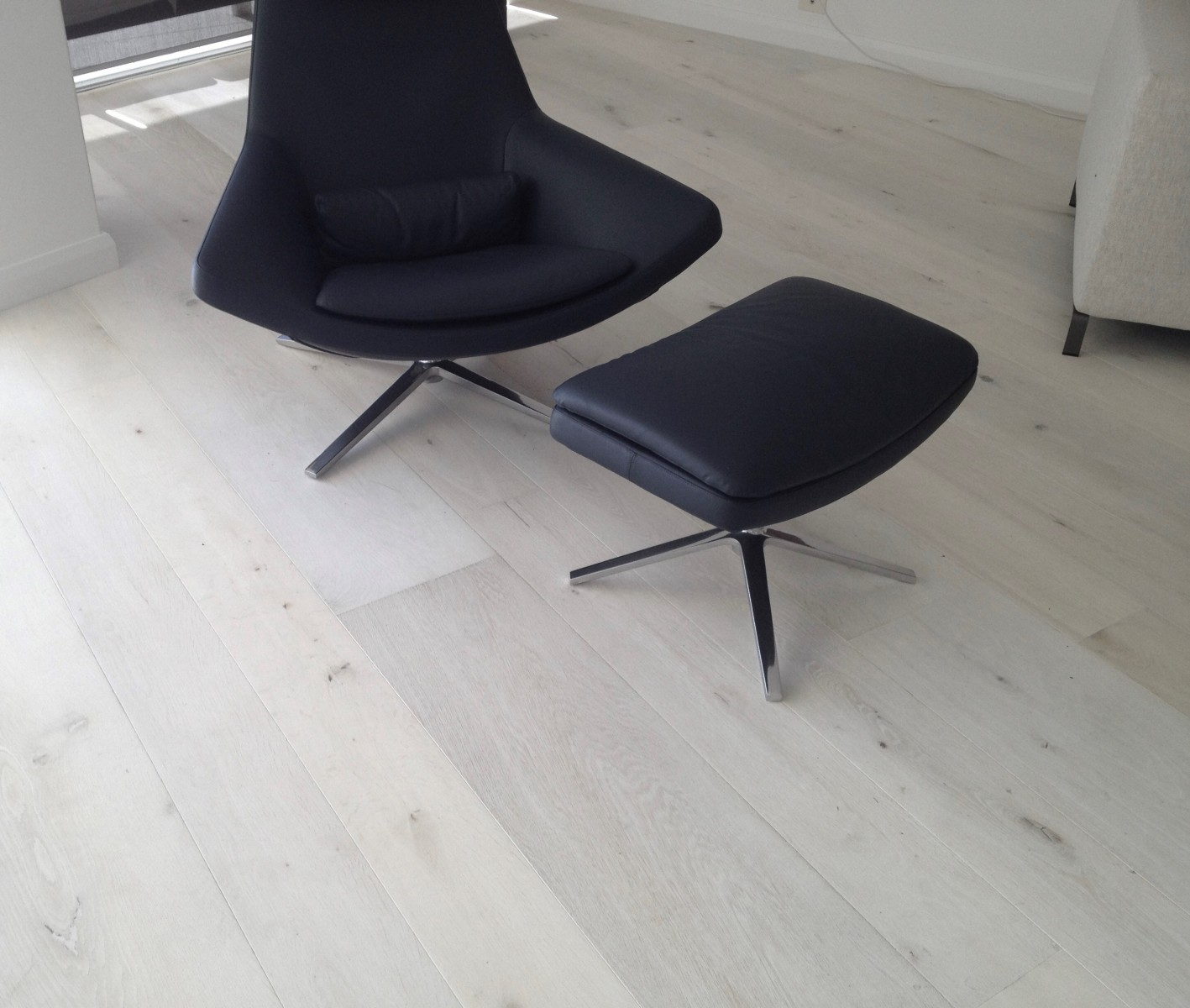 French Oak floor with chair bleached with LiteniT