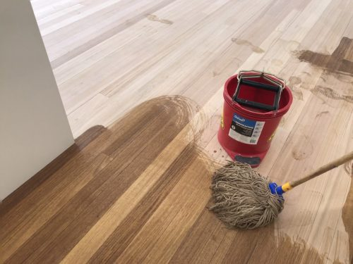 wood bleach application with the mop for LiteniT Part A