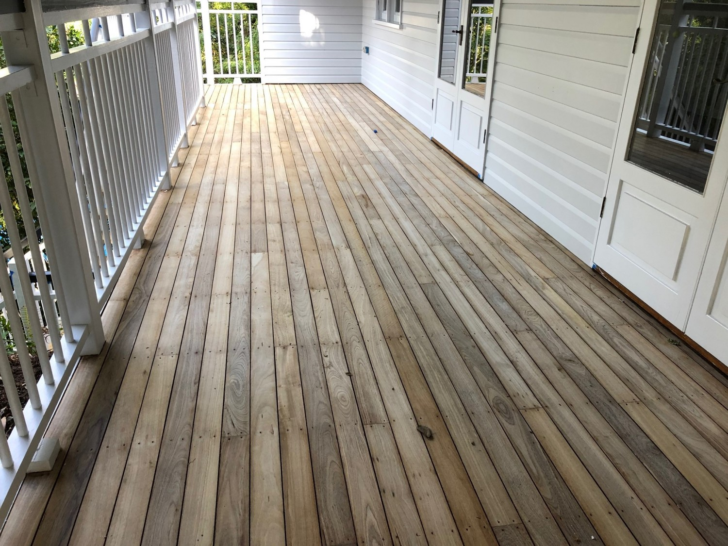 Jarrah decking bleached with LiteniT wood bleach